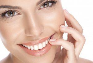 Lente de contato dental: o seu sorriso perfeitamente lindo!